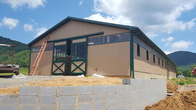 40x120 Enclosed Animal Shelter