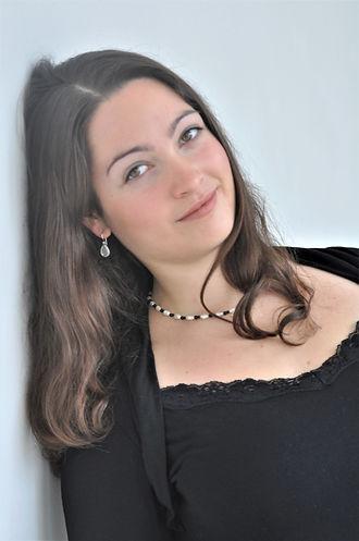 Vanessa Diny.jpg