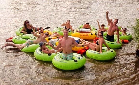 11:30am Sunday Float