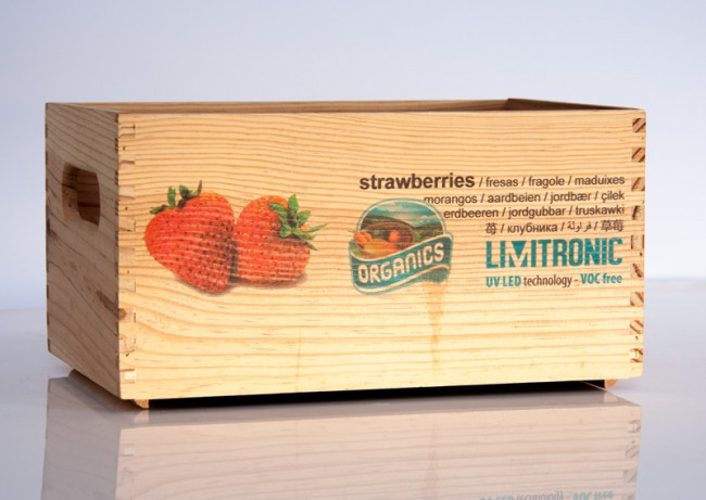 Limitronic - Strawberry on Wooden Box