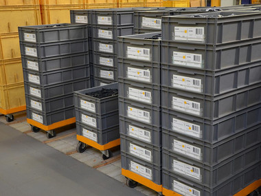 tray-crate-labeling_1.jpg