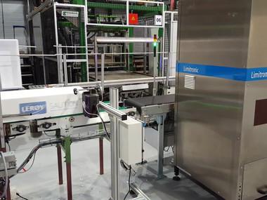 Limitronic V6 CMYK Printing on EPS fish boxes