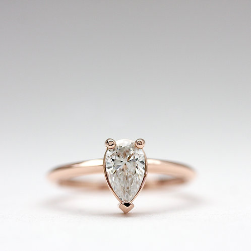 Pear shape solitaire diamond ring