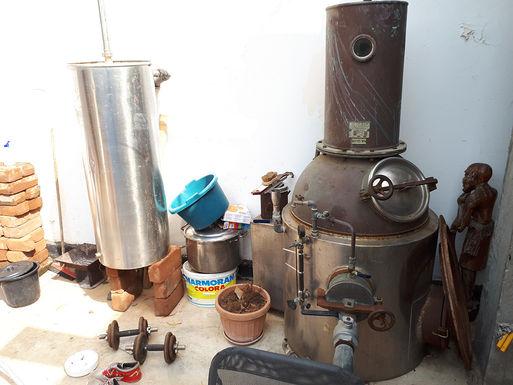 Distillerie in Betrieb nehmen