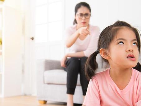 Kesalahan yang banyak orang tua lakukan dalam membesarkan anak. No 1 paling banyak dilakukan