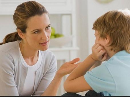 Sebuah kata yang perlu orang tua hindari saat mendidik anak