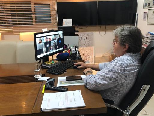 João Azevêdo discute logística de vacinação para o mês de março com prefeitos da Grande JP