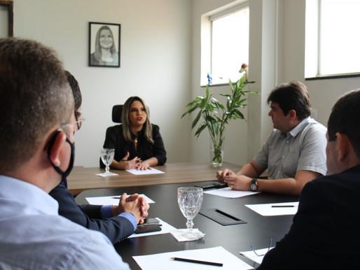 Karla Pimentel recebe superintendentes e inicia processo de implantação de agência da Caixa no Conde