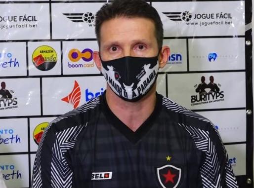 Treinador do Botafogo-PB comemora semana de trabalho antes da estreia no estadual