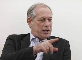 Ciro diz que Lula devia seguir exemplo de Cristina Kirchner, vice na Argentina