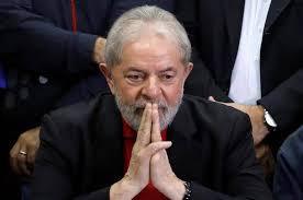 """Lula critica governo e afirma que Brasil """"andou para trás"""""""