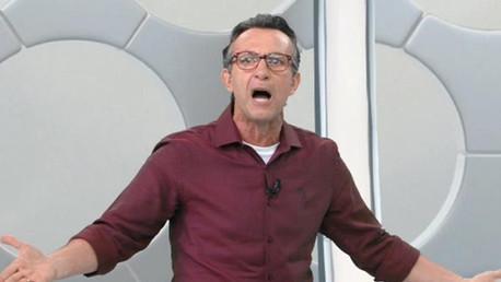 """Apresentador ataca Globo e 'Craque do Jogo': """"Coisa ridícula"""""""