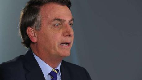 Bolsonaro se movimenta para CBF demitir Tite, segundo jornal