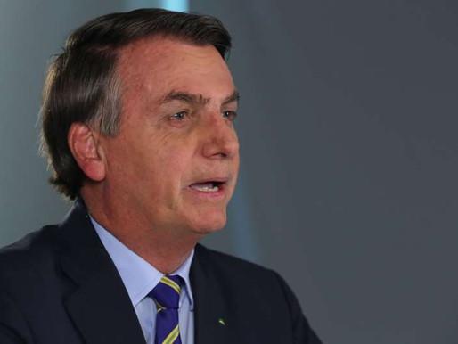 """""""Vamos ter um """"ladrão"""" candidato a presidente e um """"vagabundo"""", como vice"""", diz Bolsonaro"""