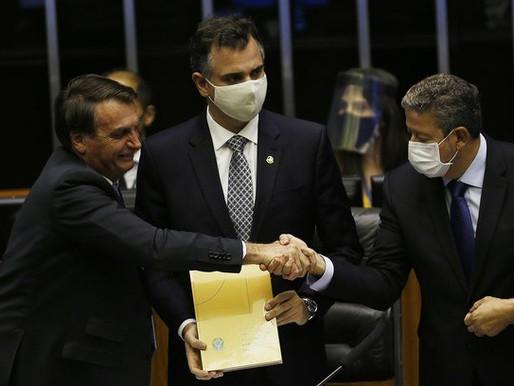 """""""Bolsolão"""": esquema de Bolsonaro destina R$ 3 bi para o Centrão; entenda"""