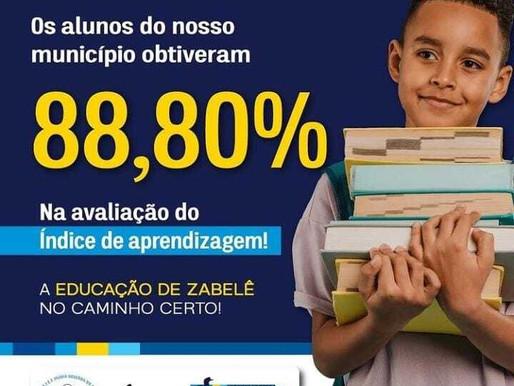 Dalyson Neves comemora resultado de avaliação no índice de aprendizagem dos alunos de Zabelê