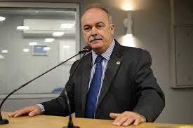 Deputado aguarda Reforma Política para definir rumo partidário