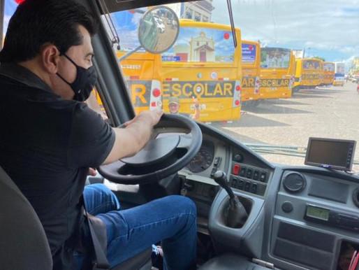 Após receber frota escolar sucateada, Manoel Jr recupera veículos e entrega a população