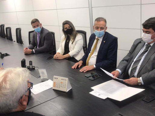 Presidente da CMJP e Mesa Diretora são recebidos em Brasília pelo presidente da CEF