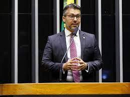 Deputado paraibano chama atenção para voto impresso