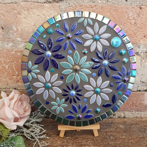 """""""Flowers at Midnight"""" Garden Mosaic (21 cm) in Blue Hues"""