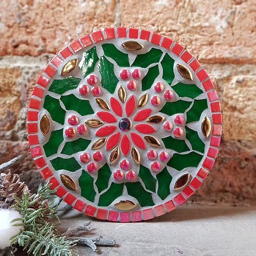 """Holly Berries"" Garden Mosaic (21 cm) in Green and Red"