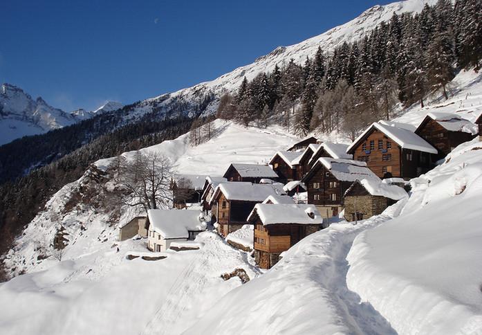 Monti di Doro Bergdorf Winter.jpg