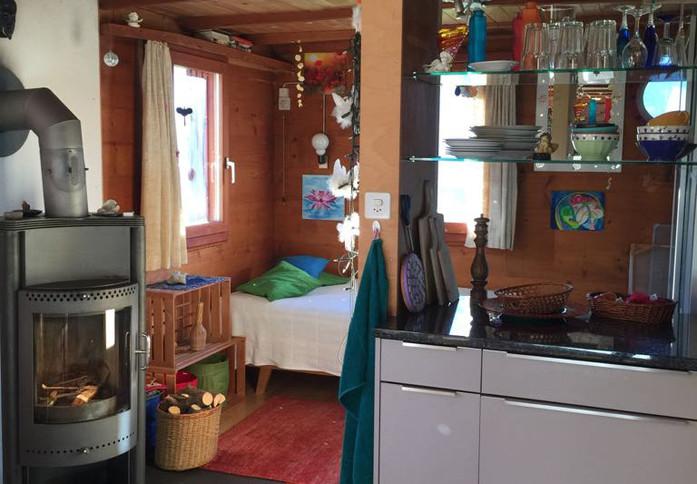 Hüsli Noains Küche www.berghuetten-miete