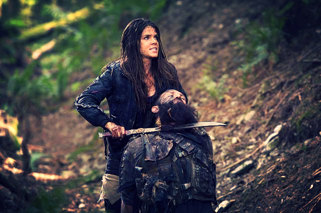 The 100 - Episode 2.02 - Inclement Weather_edited.jpg