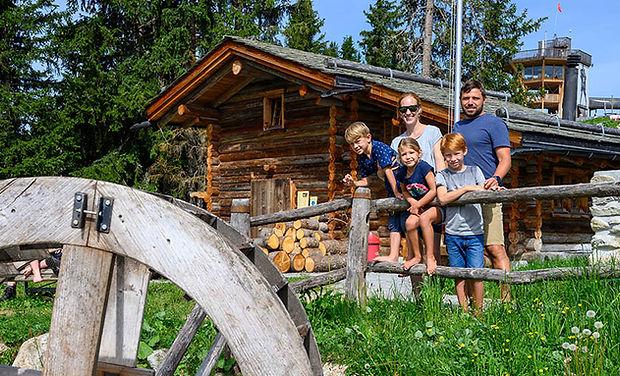 Maiensäss Madrisa www.berghuetten-mieten