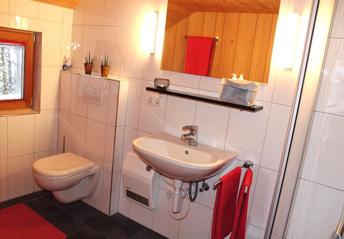 Huettenstudio-Badezimmer berghuetten-mie