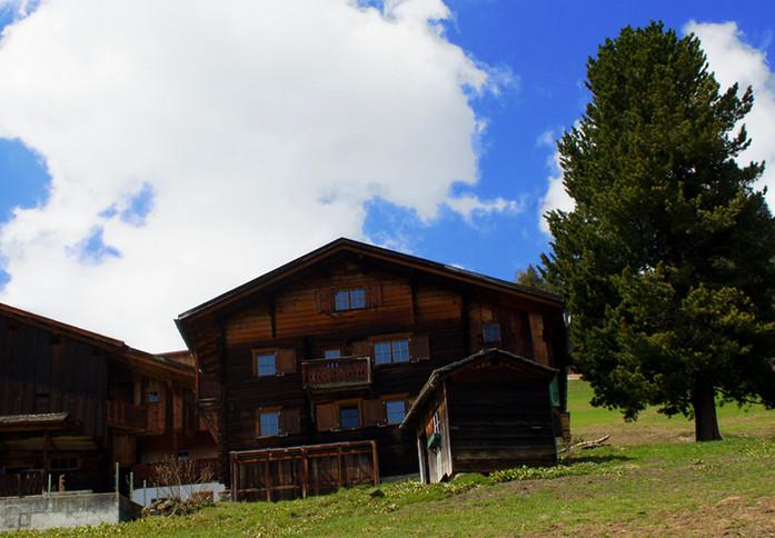 Alphütte Moserhuus www.berghuetten-mieten.ch