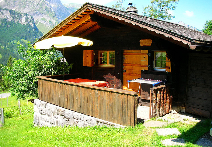 Spycher Murmeli www.berghuetten-mieten.c