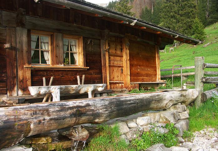 Alphüttli Neuenstift www.berghuetten-mieten.ch