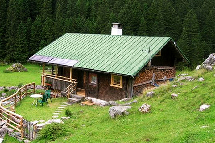 Zollhütte AT www.berghuetten-mieten.ch.jpg