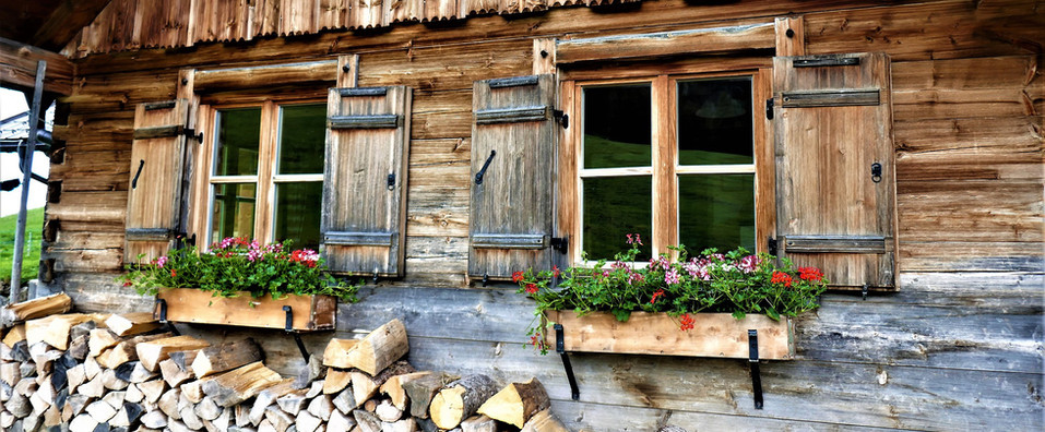rustico berghütte maiensäss mieten.jpg