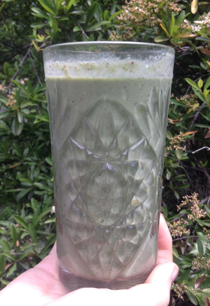 Gorgeous Raw Green Smoothie