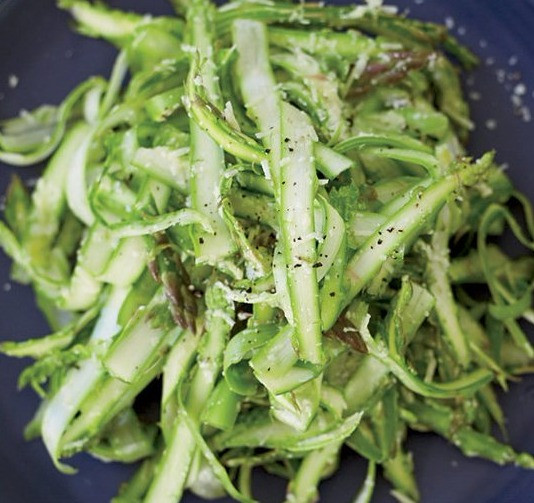 Raw Vegan Asparagus Salad Recipe