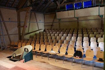 theater_innen.jpg