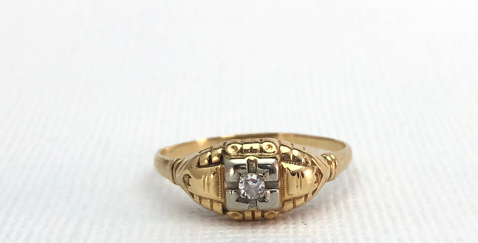 Victorian Antique Two Toned Gold Solitaire