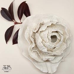 Porcelain cabbage vase