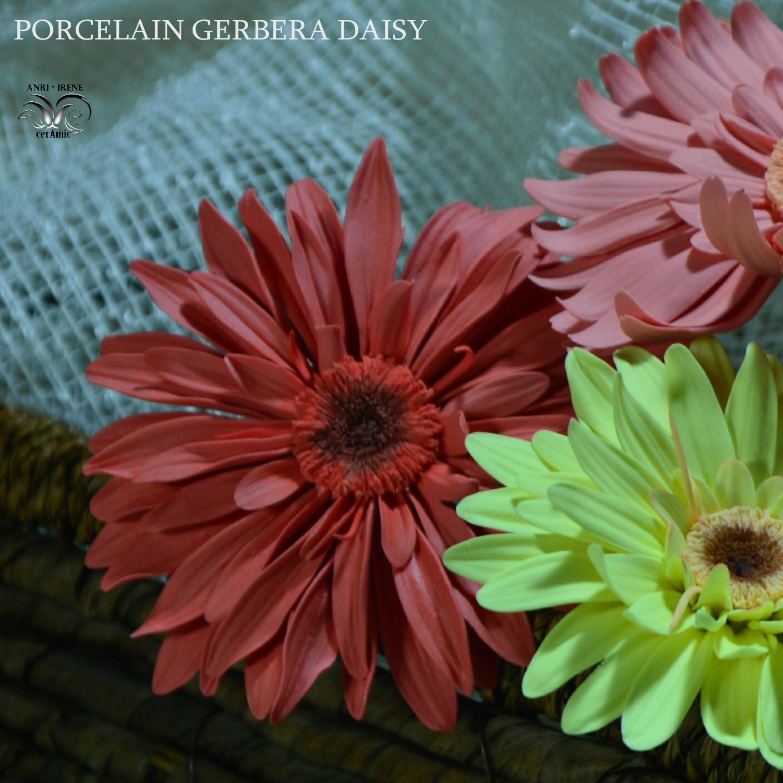 Ceramic daisy gerbera flower