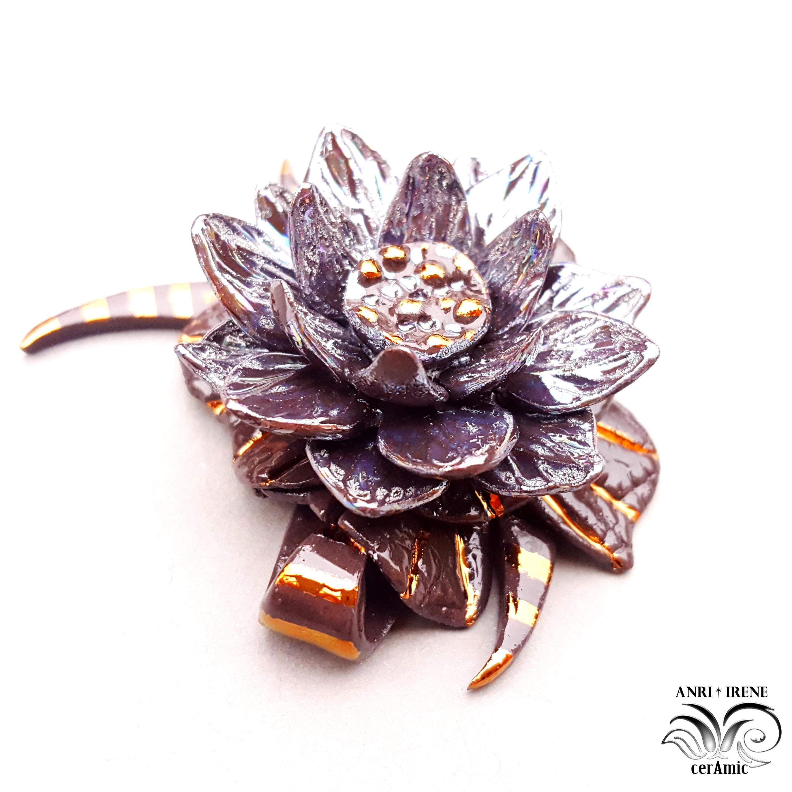 porcelain pendant lotus