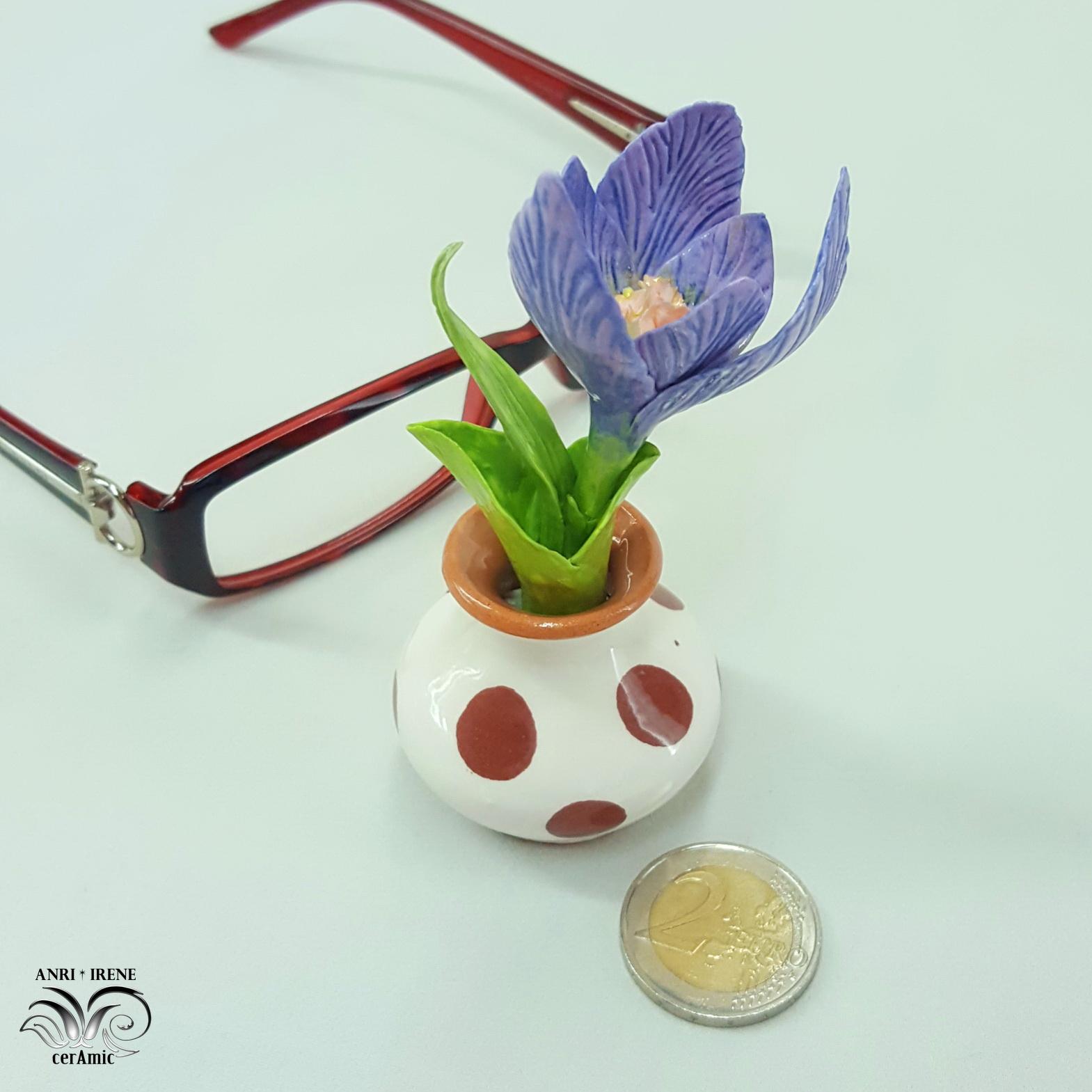 Ceramic flower crocus