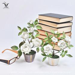 Miniature ceramic roses