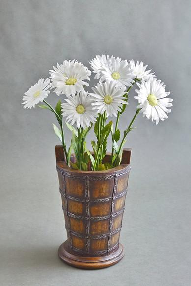 Porcelain daisy, ceramic flowers