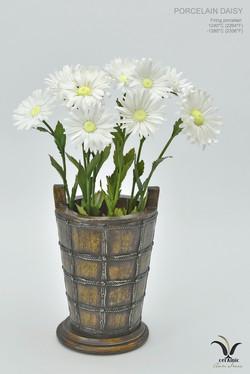 Ceramic daisies, porcelain