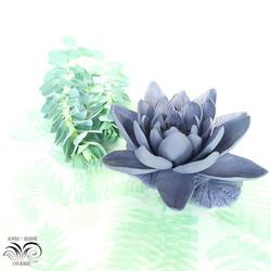 Porcelain floral lily