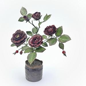 PORCELAIN BLACK ROSES