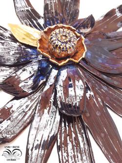 Wall ceramic flower
